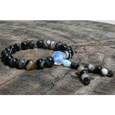Black Sardonyx Agate Wrist Mala with tassel beads